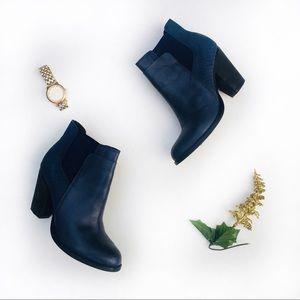 Aldo Navy Blue Suede Textured Ankle Booties 7